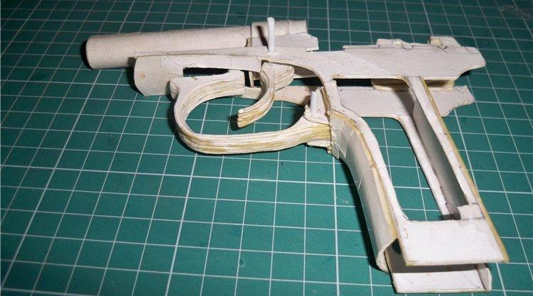Как сделать копию пистолета из бумаги
