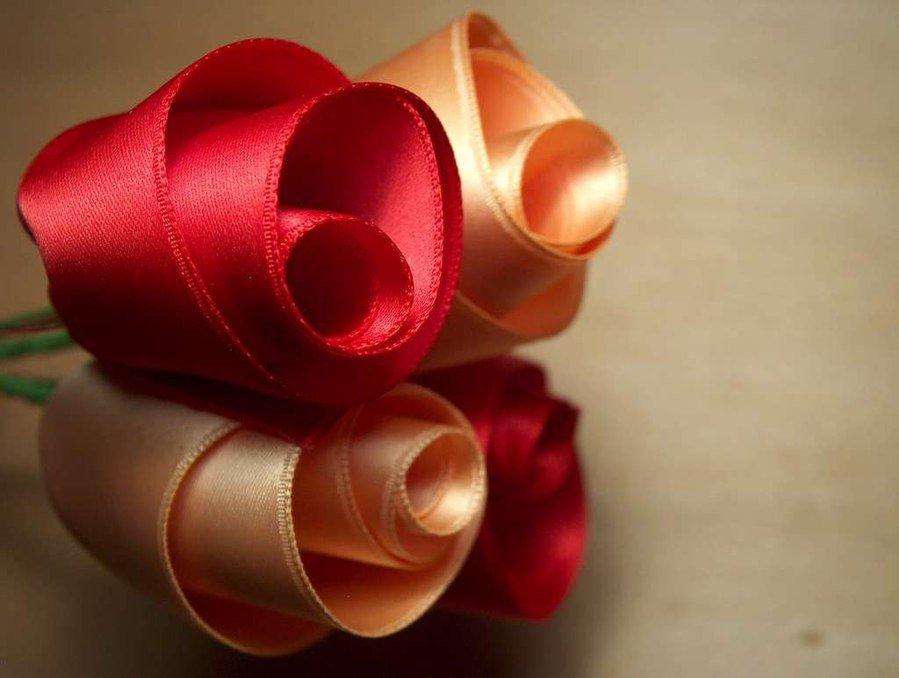 Что можно сделать из атласной ленты своими руками кроме цветов 62